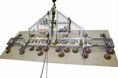 The nonstandard Lifting Device 7231-CS is something special - more than 2000 kg of glass can be tilted with it