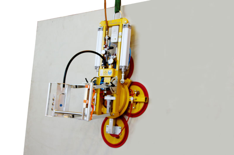 Vacuum lifter 7025-MD2-4 in the version for 500 kg with four 488-K suction cups including two short extensions.