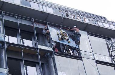 Bergsteiger mit Glaserausbildung