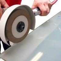 Pneumatisches Hand-Randentschichtungs-Gerät 444 für die Isolierglasfertigung