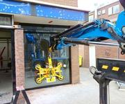 Suction Lifter Kombi 7211-DS4 proving its capabilities
